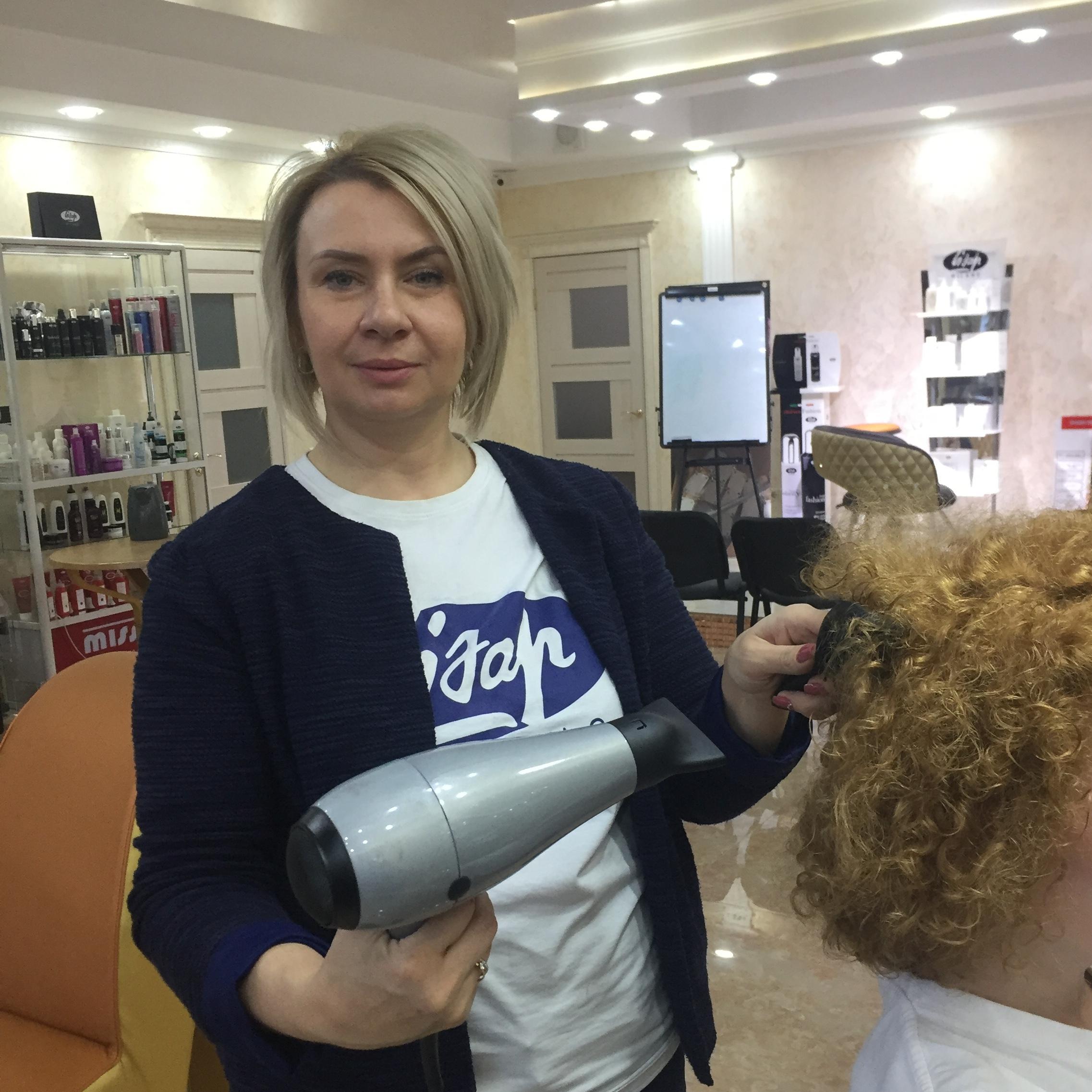 Елена парикмахер LISAP MILANO